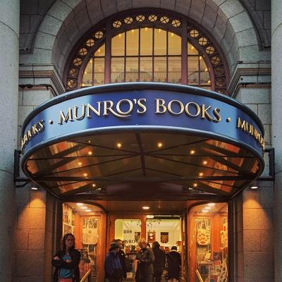 Munro's Books, Victoria
