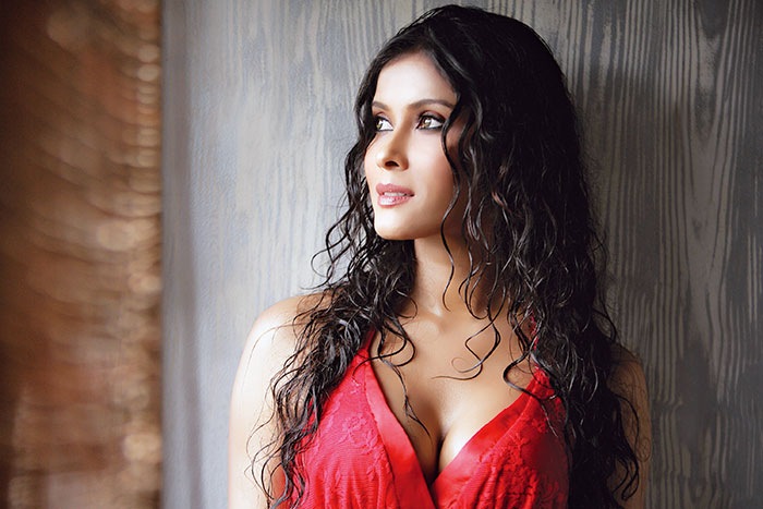 Nandana Sen, Bollywood Actress