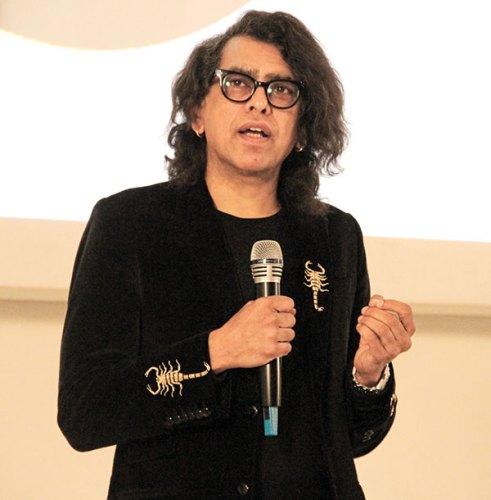 Nusrat Durrani from MTV New York