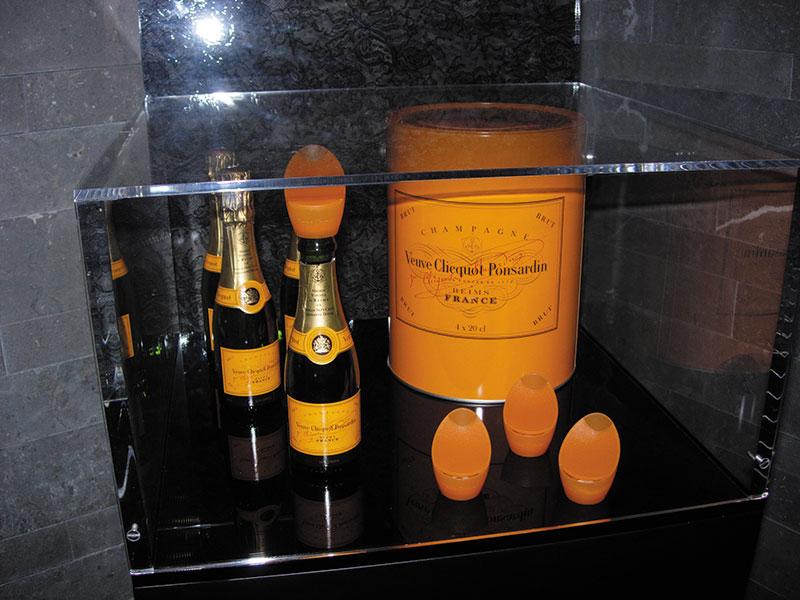 Paris, Sparkling Champagne