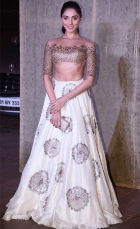 Pernia Qureshi in Manish Malhotra
