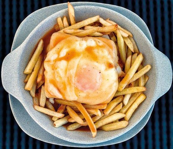 Francesinha with fries