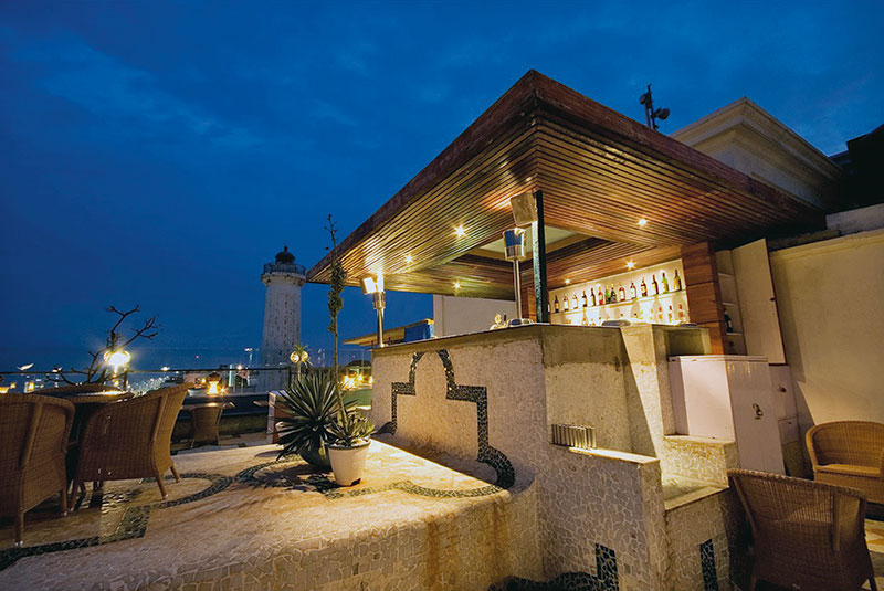 Rooftop bar at the Lighthouse, Puducherry