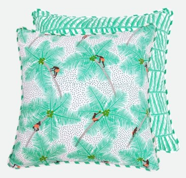 Palm pickers' cushion by Safomasi