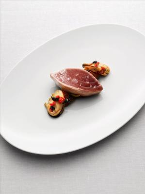 Seared yellow fin tuna with blue lip mussels and marinated sweet potato noodles