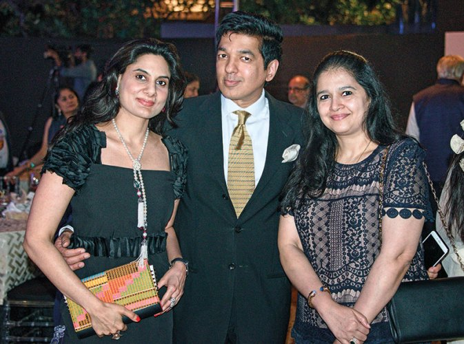 Shibani and Alok Aggarwal, Madhavi Goenka
