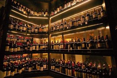 Vintry: quintessential wine bar