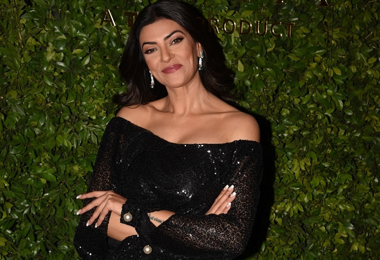 actor, Bollywood, Diamond, Featured, Gold, Jewellery, Miss Universe, Online Exclusive, Sushmita Sen, Zoya Jewels