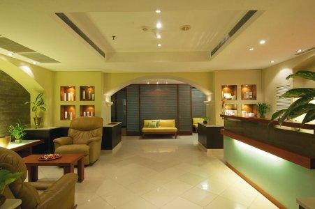 Taj Salon
