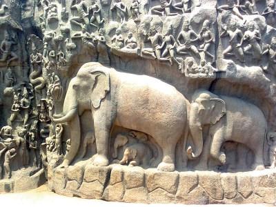 Mahabalipuram: rock-hewn temple carving