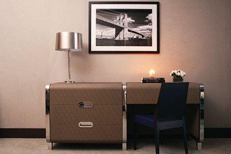 Art Deco desk in guestroom