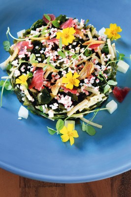 Wakame and crab meat salad