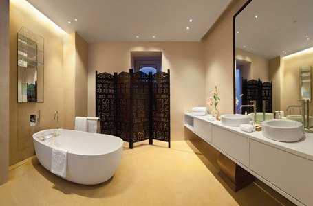Bathroom, Dutch suite