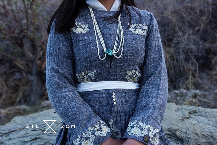Featured, gathers, India fashion, Ladakh, Ladakh fashion, Lakme Fashion Week, Lakmé Fashion Week Winter/Festive 2019 Gen Next, nambu, Naropa festival, Online Exclusive, Pashmina, Stanzin Palmo, Sustainability, thigma, Weaving, yak fabric, Zilzom