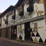 sameera kulavoor, kala ghoda, artisans, wall, mural, public art