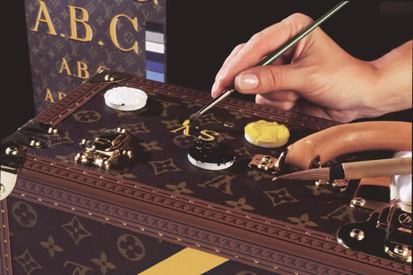 personalisation of a louis vuitton bag, bespoke luxury