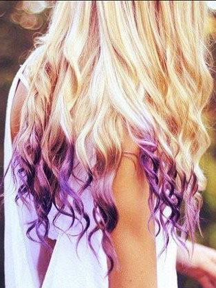 Hair Chalk: Colour up the ends in fiery shades, and pair it with red lips.