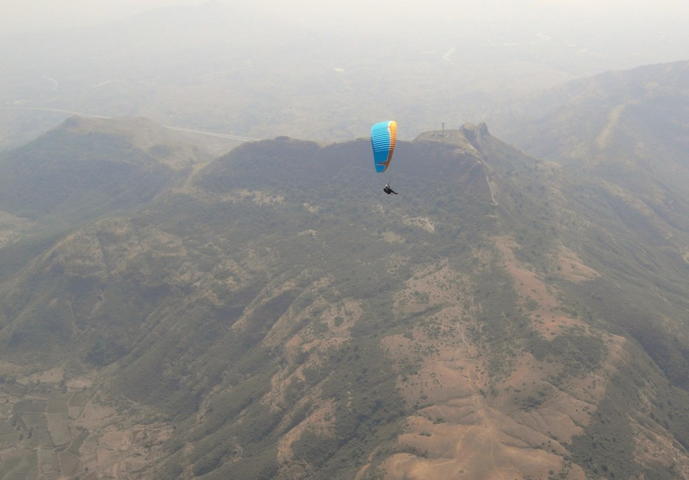 Paragliding: Tower Hill