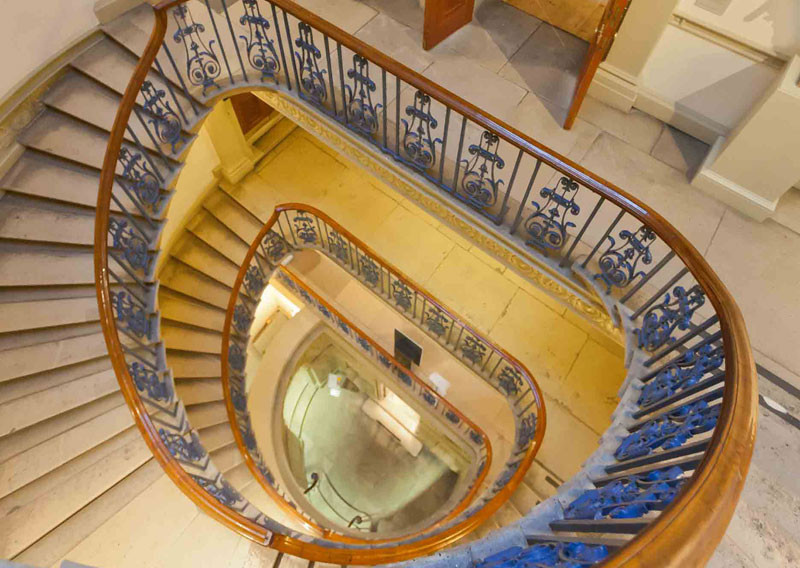 London, The Courtauld Gallery staircase