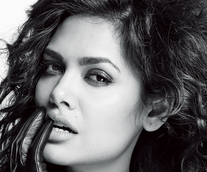 Esha Gupta, Bollywood Actress
