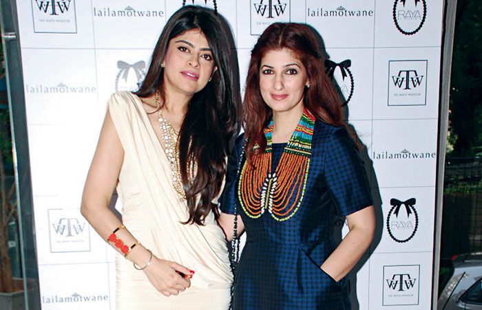 Laila Motwane, Twinkle Khanna