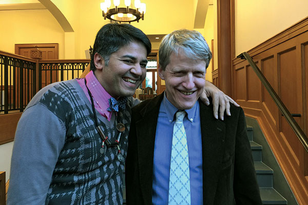Parmesh Shahani with Nobel prize-winning economist Robert Shiller, Parmesh's Viewfinder