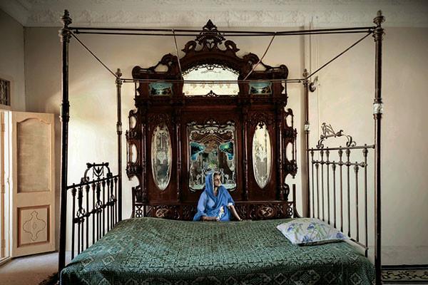 Sebastian Cortes, ace lensman, Sidhpur: Time Present Time Past, Tasveer