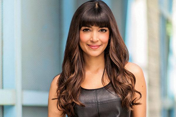 Hannah Simone, Sitcom Star
