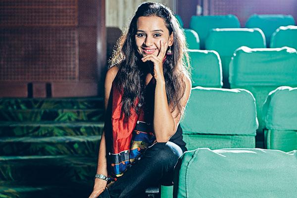 Parna Pethe, Actress
