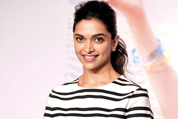 Deepika Padukone, Bollywood Actress, Piku