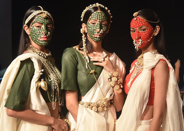 Vasundhara Mantri, Lakme Fashion Week, Lakme Fashion Week Winter Festive 2017, Fashion, Designers, Runway, LFW,