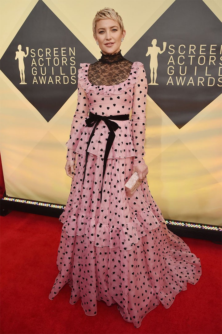 Kate Hudson, Valentino, 2018, 24th Annual Screen Actors Guild Awards, Fashion, Featured, Online Exclusive, Red Carpet, SAG Awards, Screen Actors Guild Awards, Style