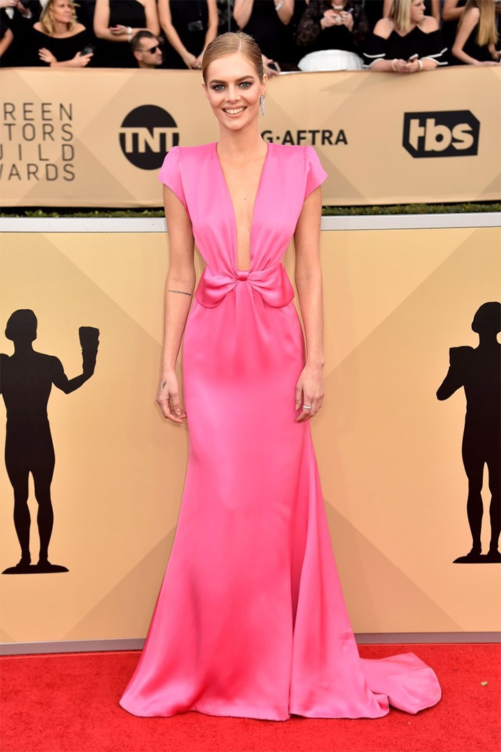 Samara Weaving, Miu Miu, 2018, 24th Annual Screen Actors Guild Awards, Fashion, Featured, Online Exclusive, Red Carpet, SAG Awards, Screen Actors Guild Awards, Style