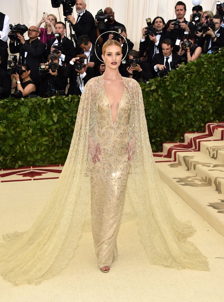Catholic, Catholicism, Designers, Fashion, Fashion's Biggest Night Out, Heavenly Bodies: Fashion and the Catholic Imagination, Hollywood, Mat Gala, Met Ball, Met Ball 2018, Met Gala 2018, Metropolitan Museum of Art's Costume Institute Gala, Metropolitan Museum of Art's Costume Institute Gala 2018, Papal, Religion, Style, The Vatican, Vestments, Rosie Huntington-Whiteley, Ralph Lauren Collection