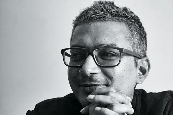 Rishu Singh, Ennui.Bomb