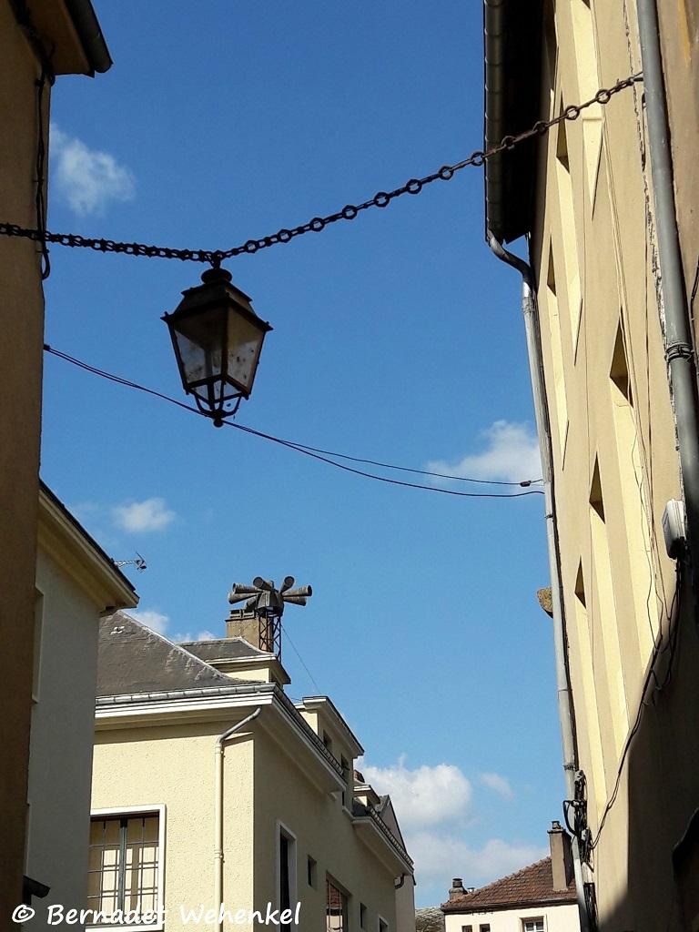 Straatbeeld in Sierck-les-Bains.