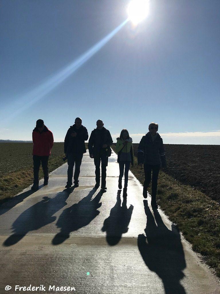 Wandelen in de zon in Jesseren