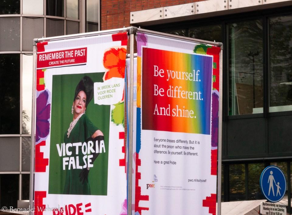 Banners in het straatbeeld van Amsterdam