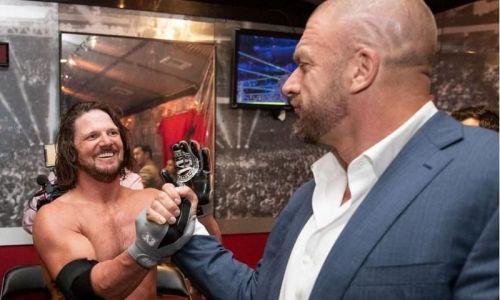Triple H vs AJ Styles
