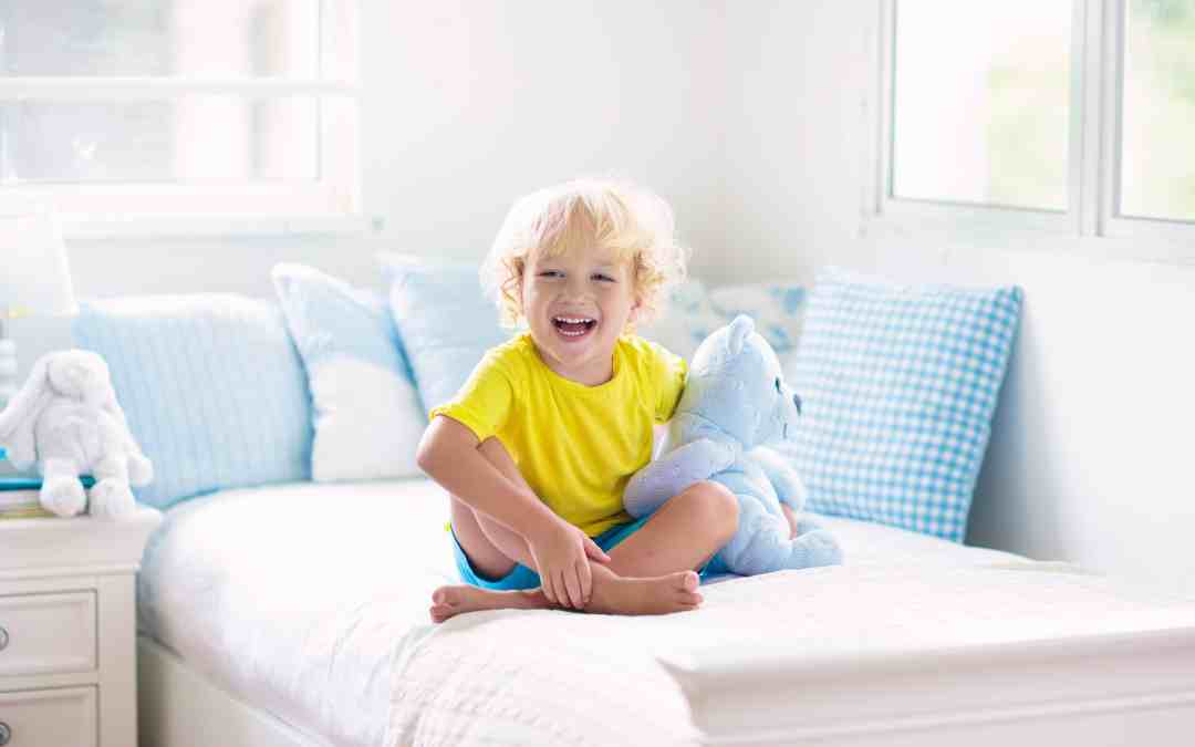 8 Tips for Moving Your Toddler from a Crib to a Bed
