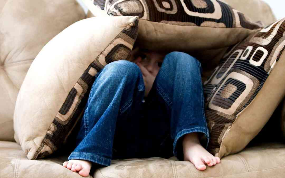 16 Common Signs of Childhood Sensory Issues You May Be Missing