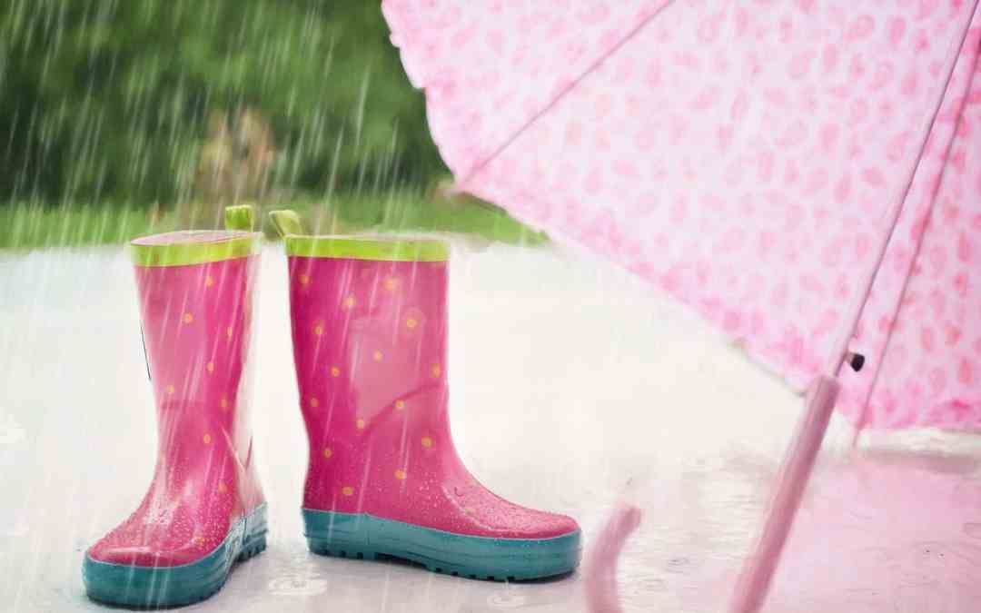 Over 100 Indoor Activities to Keep Kids Busy on Rainy Days