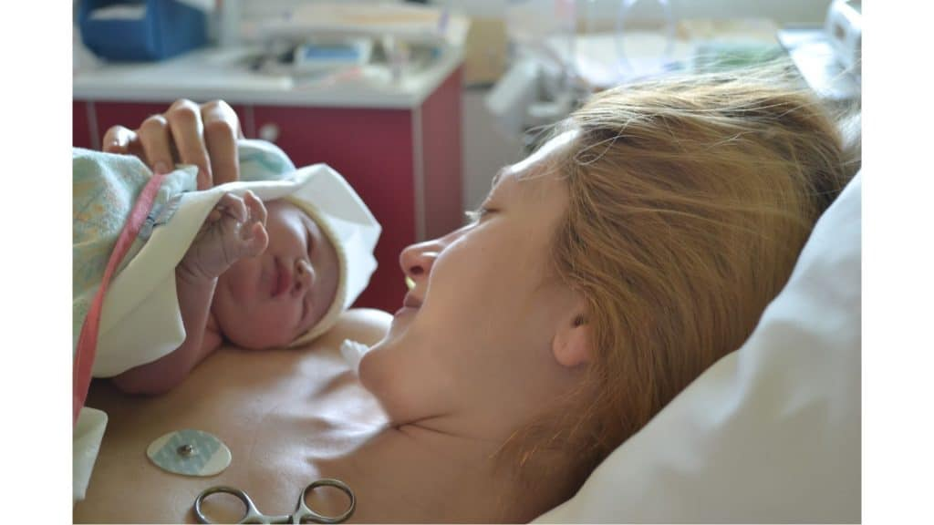 9 Steps to Achieving The Perfect Breastfeeding Latch - Very