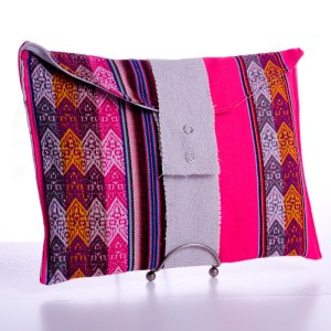 Peruvian Pattern Clutch
