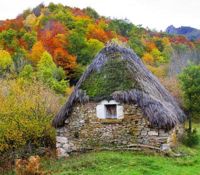 Asturias - Cabaña de teito