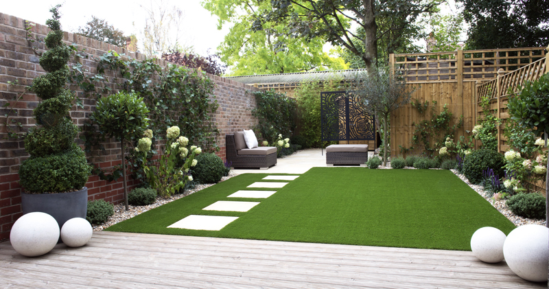Why Fake Lawn Could Be A Good Idea For Your Garden