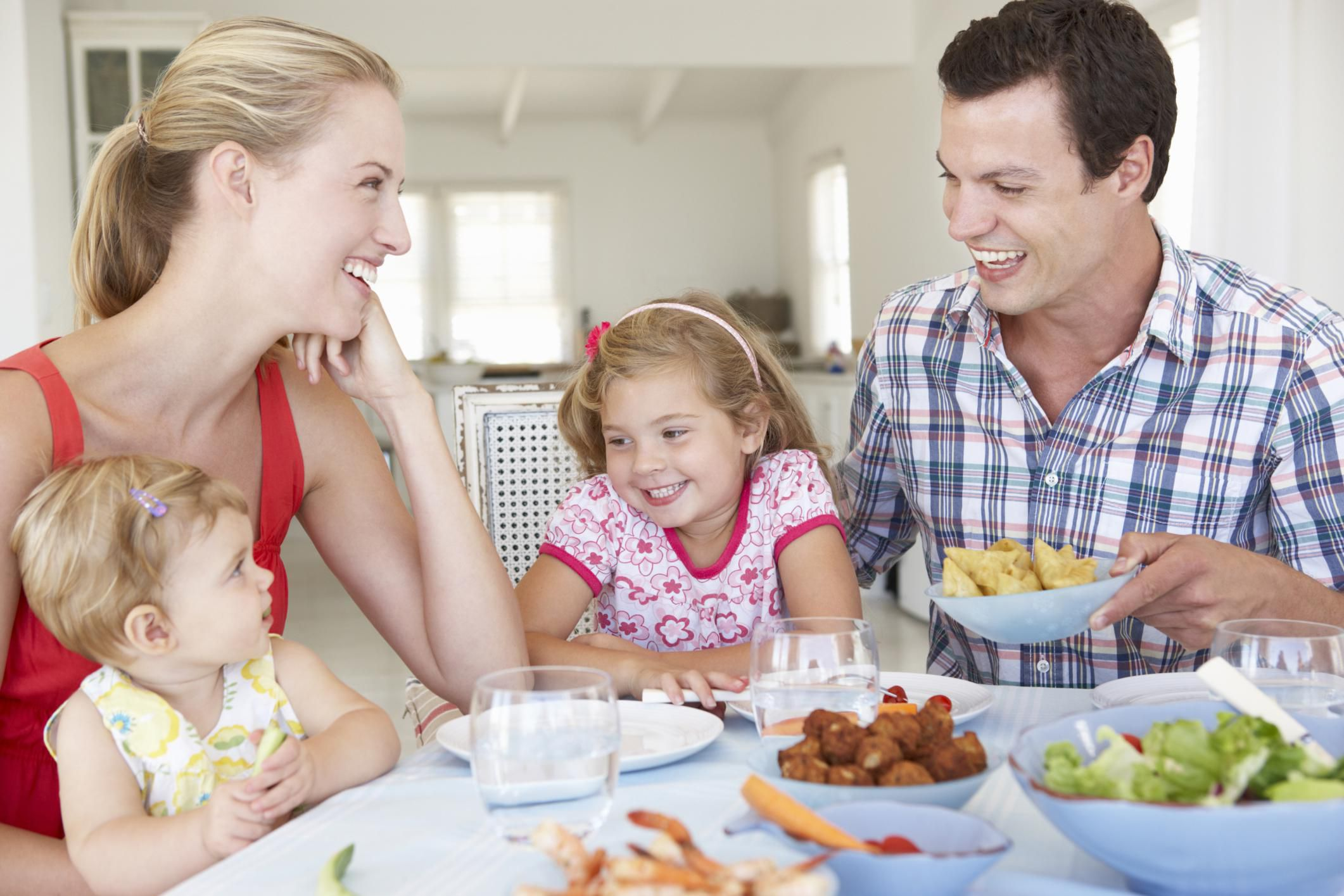 Good Table Manners To Teach Your Kids