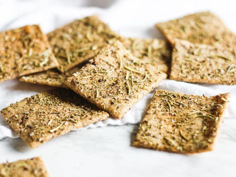 Whole Wheat Rosemary Crackers
