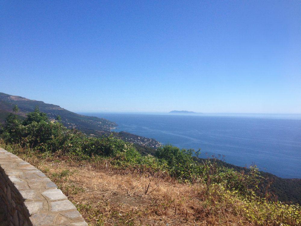 Vue sur ile de Capraia