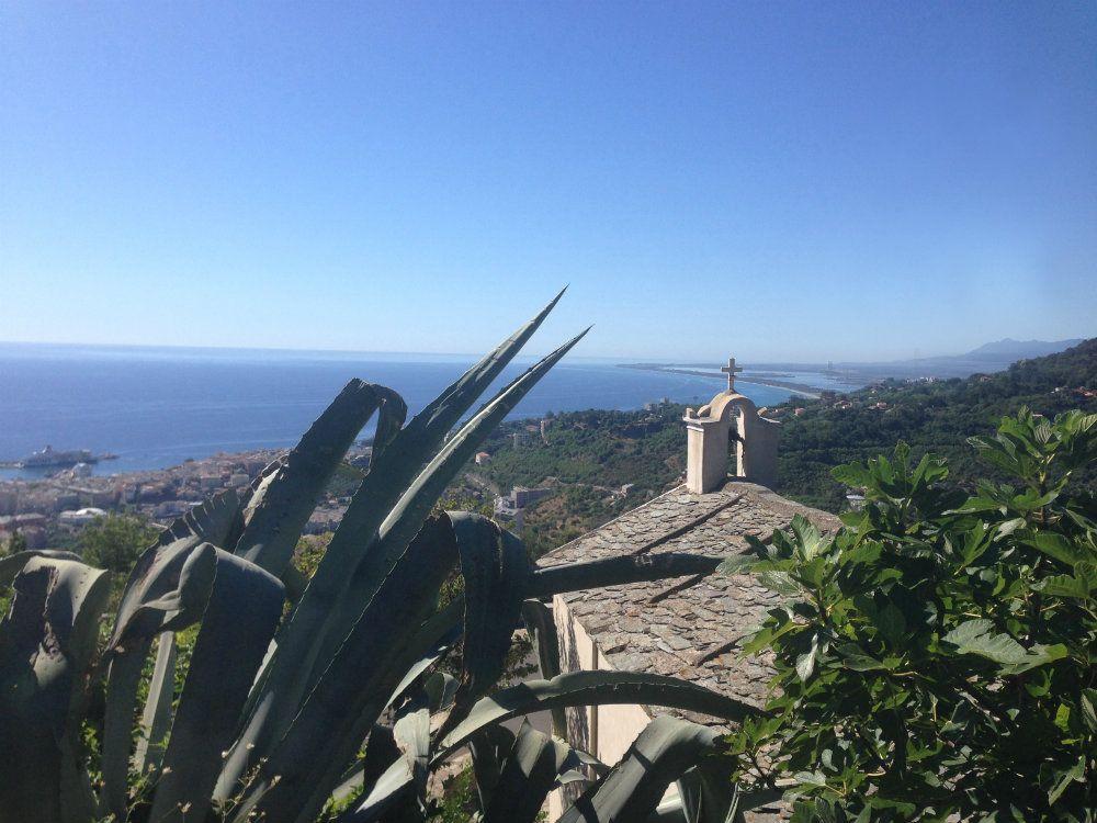 Vue sur le port de Bastia